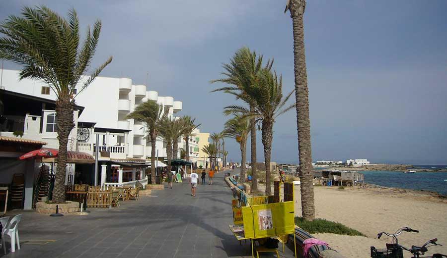 Es Pujols - Formentera