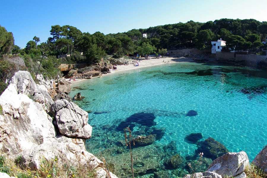 Le meravigliose spiagge di maiorca e l 39 incredibile mare da for Palma de maiorca dove soggiornare