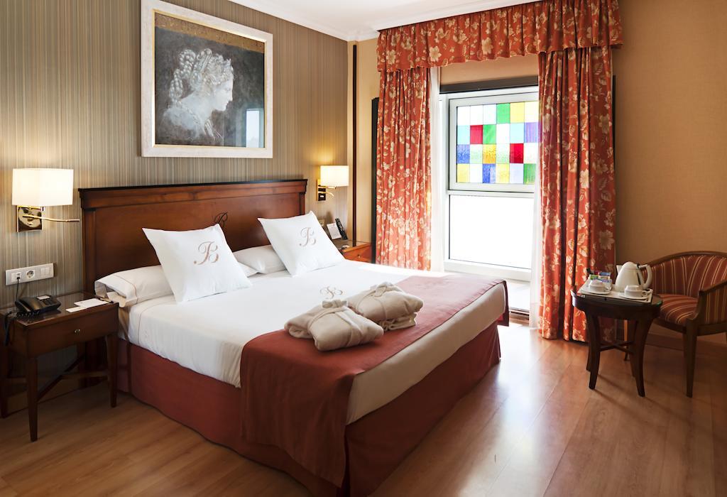 Una delle camere dell'Hotel Becquer