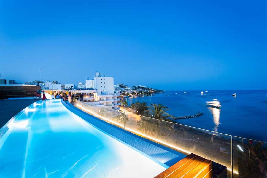 Boutique hotel a Ibiza: One Ibiza Suites - La piscina