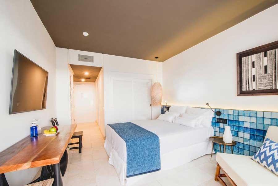 Una delle camere dell'Hotel Jardin Tropical